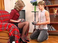 Teen Boy Couldn't Stop Starring At His Gf's Mom Sexy Legs