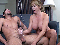 Mature women fucking free videos
