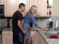 Good Looking Mom Gets Cornered And Fucked In The Kitchen