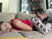 Good Way To Wake Up His Girlfriend