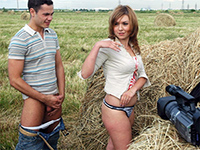 Amateur Country Teens Fucking In A Field