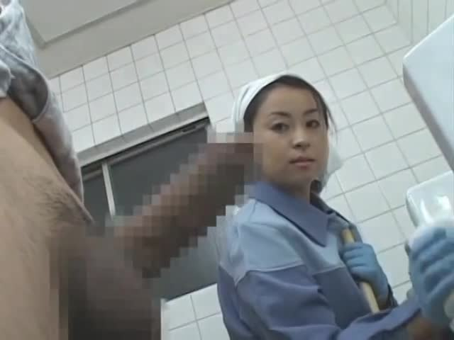 Hospital Toilet Cleaner Gets Fucked By Patient