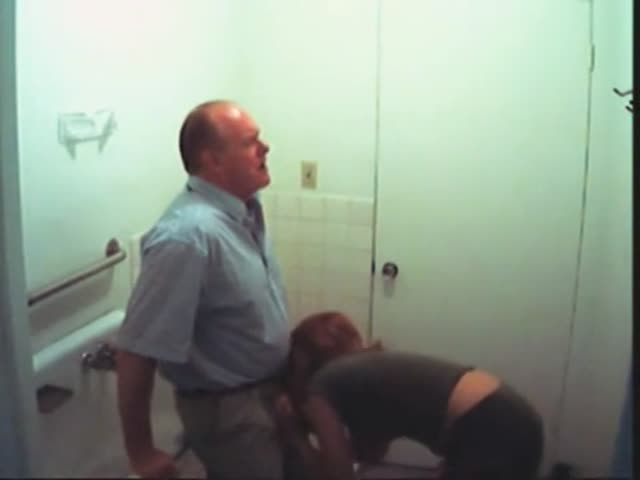 Teen School Toilet Blowjob