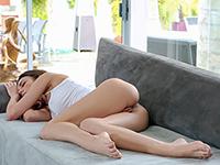 village-blonde-spy-pics-sleeping-nude-johansson-sexy-naked