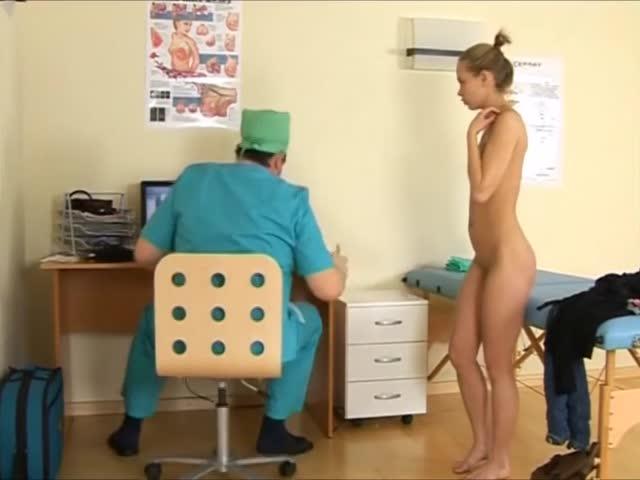 le purnhube gratuit les adolescents nudistes