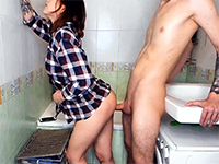 Nasty Stepsis Lets Her Stepbro Fucks Her Cunt In The Bathroom