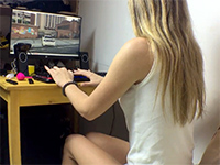 Gamer Girl Gets Distracted Playing Gta 5 And Fucked