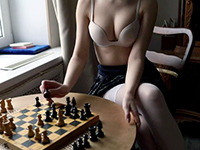Amateur Girl Lost Bet In A Chess And Gets Fucked